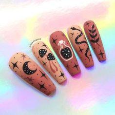 Halloween Acrylic Nails, Cute Halloween Nails, Best Acrylic Nails, Acrylic Nail Designs, Halloween Nail Designs, Halloween Press On Nails, Disney Nail Designs, Simple Acrylic Nails, Edgy Nails