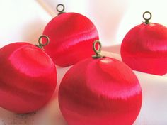 Xmas ornaments - I remember when the threads got snagged & they started to fall apart!