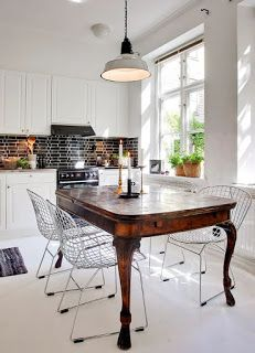 How To Mix Old And New In Your Home Decoholic - Modern Chair - Ideas of Modern Chair - contemporary kitchen with antique table and modern chairs Home Interior, Luxury Interior, Kitchen Interior, Interior Design, Contemporary Interior, Interior Ideas, Home Decor Kitchen, Home Kitchens, Kitchen Dining