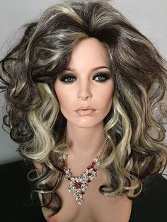 Cocktail Drag Wig, Brown, Blonde