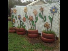 Garden Crafts, Garden Projects, Cottage Crafts, Dyi Decorations, Tire Craft, Car Part Art, Homemade Bird Houses, Record Crafts, Backyard Creations