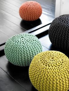 Pouf! I see them everywhere and I want one.  Mom- would this be easy to make?
