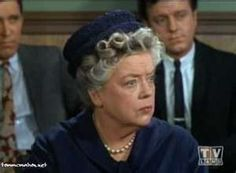 Aunt Bee Juror--one of the best color episodes...