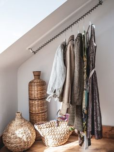 Sloping Clothes Rail for Angled Ceilings - Zebedee Bronze Hanging Rail Source by helenkenward clothes ideas Loft Room, Closet Bedroom, Bedroom Storage, Bedroom Decor, Attic Bedroom Designs, Attic Rooms, Attic Spaces, Angled Bedroom, Trendy Bedroom