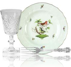 """Summer theme tableware arrangement with """"Strawberry, Diamond, & Fan"""" glass pattern from Hawkes, """"English King"""" silver pattern from Tiffany & Co., & """"Rothschild Bird"""" china pattern with scalloped edge & intricate bird design from Herend. Herend China, China Patterns, Bird Design, Scalloped Edge, Hungary, Beautiful Things, Tiffany, Crushes, Strawberry"""