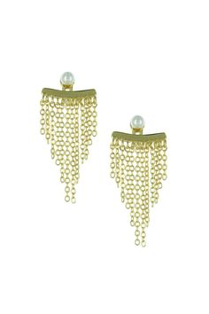 Stainless Steel earring with gold plated with chains and a pearl in the top. Measures: 1.75 in large Chaind Pearls Earrings by Pink Revolver. Accessories - Jewelry - Earrings - Statement Mexico