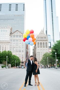 Balloons, engagement session, chicago