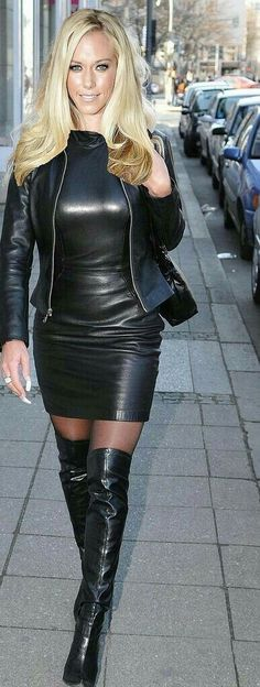 Blonde in stunning long leather dress, dito jacket. Walks on pavement Black Leather Dresses, Leather And Lace, Leather Boots, Look Fashion, Womens Fashion, Leder Outfits, Sexy Latex, Sexy Boots, Leather Fashion