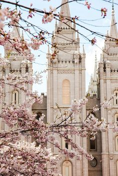 Salt Lake LDS Temple and Blossoms — Jessica Parker Print Shop Temple Design For Home, Home Temple, Temple Lds, Temple Room, Water Temple, Salt Lake Temple, Mormon Temples, Lds Temples, Instagram Blog