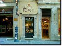 Chiude il Caffè di Perugia. L'ennesima saracinesca abbassata al centro storico - TUTTOGGI.info