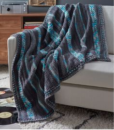 We always think that crochet throws should only be used in the winter, but it's not true at all! This Stars in Your Eyes Free Crochet Afghan Pattern makes a warm and cozy afghan that you can use year-round.