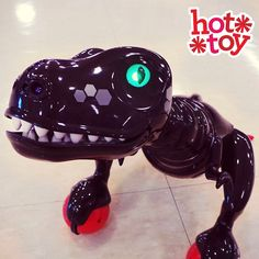 Touch Zoomer Dinos tail and he will get VERY ANGRY. Watch out! #TRUHotToyList #LetsPlay