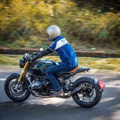 "60 mentions J'aime, 7 commentaires - Yuan-Chou Lo (@wso.yclo) sur Instagram : ""再多的阻礙也要騎車遛一遛。 #BMWmotorrad #BMWrnineT #R9T #RnineT #tyco #Akrapovic #PVMwheels"""