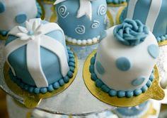 Mini cake #weddingcake #wedding