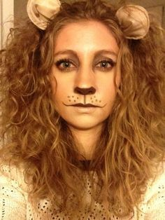 Bronzed Lioness   101 Real-Girl Halloween Costumes That Are Terrifyingly Gorgeous   POPSUGAR Beauty