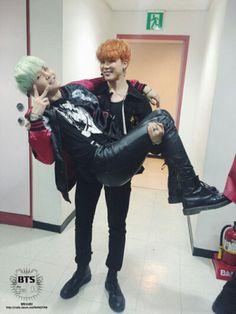Suga and Jimin is love.suga and jimin is life Yoongi Bts, Bts Jimin, Taehyung, Bts Bangtan Boy, Bts Boys, Jhope, K Pop, Yugyeom, Youngjae
