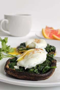 Portobello Mushroom Eggs Florentine – Lean Green Nutrition Fiend – Food for Healty Egg Recipes, Low Carb Recipes, Vegetarian Recipes, Cooking Recipes, Vegetarian Barbecue, Barbecue Recipes, Vegetarian Cooking, Recipes Dinner, Cooking Tips