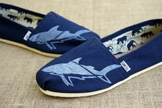 NEED WANT NOW :) Shark Custom TOMS Shoes by themattbutler on Etsy, $79.00 Balenciaga Shoes, Valentino Shoes, Chanel Shoes, Trendy Shoes, Casual Shoes, Formal Shoes, Shoes Style, Stilettos, High Heels