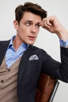 Moss is the UK's number one men's suit specialist, an expert in formal menswear. Suits You, Mens Suits, Moss Bros, Checked Suit, Fitted Suit, Wool Suit, Jacket Buttons, Pocket Square, Tuxedo