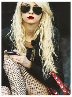 love her lip color!