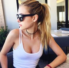 (FC: Nicola Peltz); Hey I'm Chelsea but all my friends call me Wonderland because I tend to daydream a lot, and they all relate me to Alice due to the fact that I love rabbits and tea parties, and law. But that's another story, I also enjoy doing DIY's it's a passion. I simply hate some other humans because of their typical behavior but if you aren't common then I'll probably like you, I also love animals and science, extinct animals and archery, my favored sport. Oh yeah and I'm 17. And…