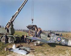Rolls Royce Merlin, Supermarine Spitfire, Ww2 Aircraft, Royal Air Force, Model Airplanes, War Machine, World War Ii, Wwii, Aviation