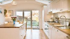 White Shaker Kitchen with Wooden Worktops – Burwash East Sussex - Modern Home Decor Kitchen, Kitchen Living, Kitchen Interior, Kitchen Ideas, Kitchen Inspiration, Kitchen Layouts, Ikea Kitchen, Kitchen Stuff, Wooden Worktop Kitchen