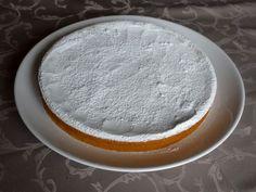 """Gâteau pastiche de Martine (sans gluten) Voici le gâteau pastiche de Martine du blog """"L'atelier de la corvette"""" qui m'a tout de suite fait de l'œil quand j'ai reçu sa newsletter, un gâteau avec un ingrédient incroyable : les pois cassés ! Vous trouverez ici la recette initiale. J'aime l'originalité quand elle"""