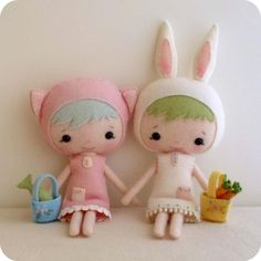 Pattern for making these sweet Dainty Darlings...perfect and Princessy for those who enjoy a bit of sewing...