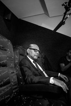 Photographer: Gary Van Wyk In Hollywood, Behind The Scenes, Van, Portrait, Film, Fictional Characters, Movie, Films, Film Stock