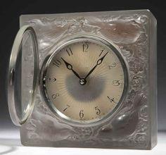 Lalique Quatre Moineaux Du Japon Clock