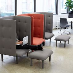 ideas for modern lounge seating decor Lounge Design, Chair Design, Office Interior Design, Office Interiors, Home Interior, Office Space Design, Modern Office Design, Workplace Design, Office Lounge