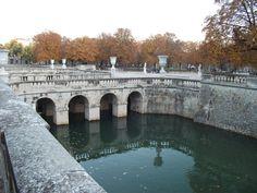 Les Jardins de la Fontaine - Nîmes    Kickcan & Conkers: A Walk in The Park