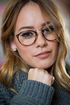 große Auswahl an Farben absolut stilvoll begrenzter Preis Die 47 besten Bilder von Modische Brillen in 2019 | Modische ...