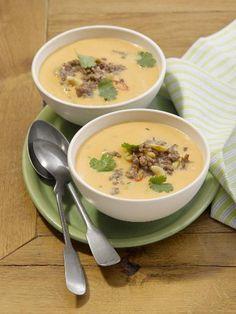Süßkartoffel-Hack-Suppe: http://kochen.gofeminin.de/rezepte/rezept_su-kartoffel-hack-suppe_335060.aspx  #suppe