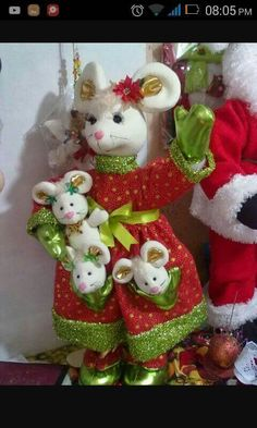 Christmas Crafts, Xmas, Christmas Ornaments, Mouse Crafts, Beautiful Handmade Cards, Fabric Dolls, Wallpaper, Holiday Decor, Pattern
