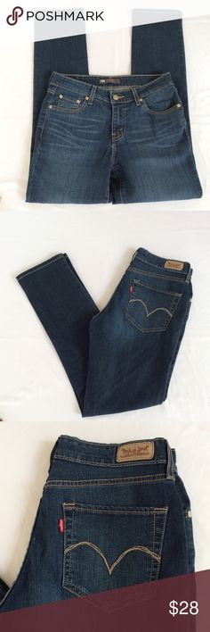 Levis Women's Mid Rise Skinny Jeans Sz 6M 28 In excellent preowned condition levis Jeans Skinny