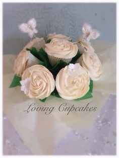 Wedding cupcake bouquets, perfect for centrepieces