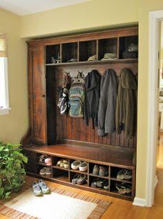 Mudroom Rack – Barnwood Furniture Entry