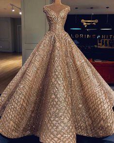 Beautiful gowns by valdrin sahiti 🌹 Quinceanera Dresses, Prom Dresses, Formal Dresses, Wedding Dresses, Quinceanera Party, Wedding Outfits, Strapless Dress, Elegant Dresses, Pretty Dresses