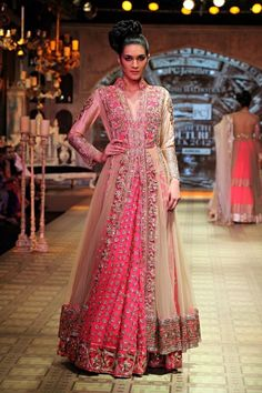 Outfit by:Manish Malhotra