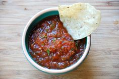 My recipe for home-made salsa. Ready in 5 minutes.