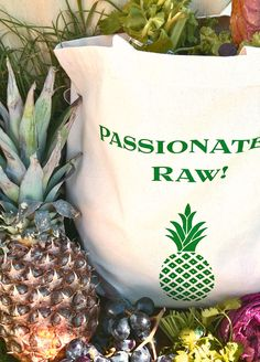 Pineapple and the reusable pineapple shopping tote bag  #pineapple #ditchtheplastic #plasticfreelife
