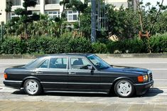 """The SEL """"Longbody"""" History & Picture Thread - Page 4 - Mercedes-Benz Forum Mercedes Benz Forum, Mercedes W126, Black Mercedes Benz, Mercedes Benz Autos, Mercedes S Class, Classic Mercedes, Mercedes Benz Cars, Interior Design Your Home, Benz S Class"""