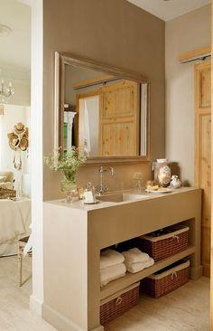 Rustic Bathrooms, Small Bathroom, Home Interior, Interior Decorating, Tadelakt, Beautiful Bathrooms, Diy Bedroom Decor, Home Decor, Bathroom Inspiration