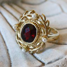 garnet and pearl wreath ring