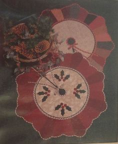 Holly Tree Skirt Quilt Pattern by Marilyn Ginsburg for Thimbleberries Christmas Trends, Christmas And New Year, Christmas Time, Christmas Crafts, Quilt Patterns, Sewing Patterns, Holly Tree, Fall Quilts, Holly Berries