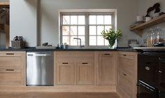 Henley Oak Kitchen | Neptune