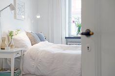 Alvhem: Olivedalsgatan 18 Fotograf: Fredrik J Karlsson / Dreams Beds, Interior Decorating, Interior Design, Wabi Sabi, Scandinavian Design, Provence, Sweet Home, Shabby, Country