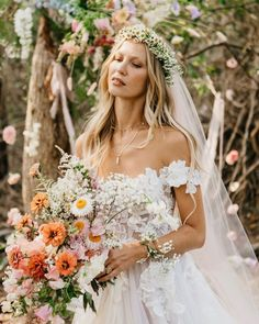 Floral Style, Rowan, Art Direction, Photo And Video, Bride, Wedding Dresses, Hair, Photography, Image